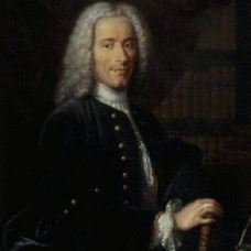 Voltaire old by Aved