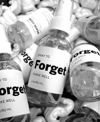 flacons de FORGET, par Kitka Samajova